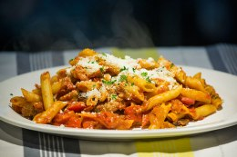 Penne with delicious sauce